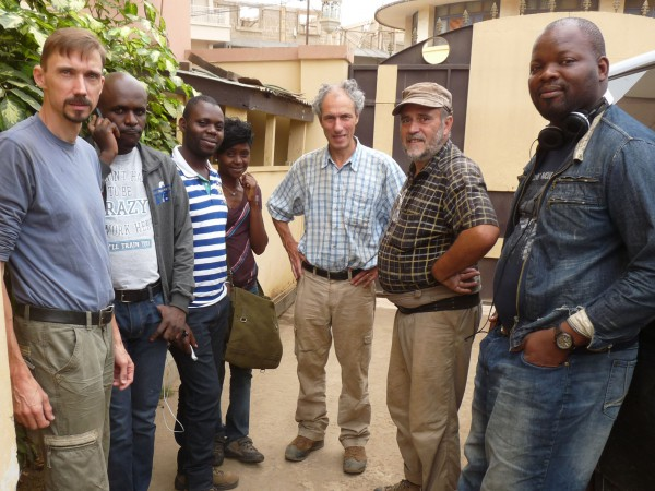 06 The team is ready for the fieldwork. From left to right: Thierry Smith (RBINS); Patsy, Patrick & Nicole Kitambala Yaya (CRGM); Damien Delvaux & Daniel Baudet (RMCA); Elvis (CRGM)