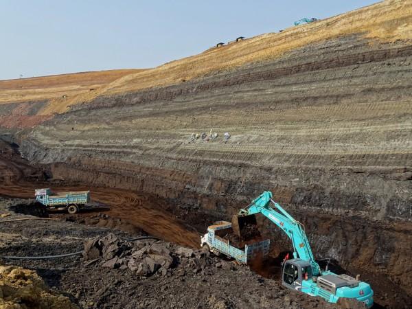 01 The Tadkeshwar Lignite Mine