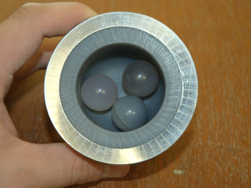 03 Agate grinding jar